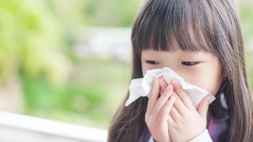 Coba Lakukan Ini Saat Ada Benda Asing 'Nyangkut' di Hidung Anak