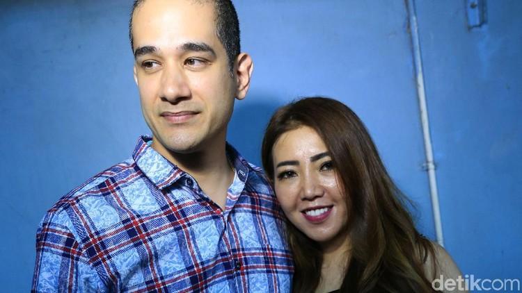 Tengah hamil 2 bulan, istri Okan Cornelius, Mey Lee ngidam beli tas branded.