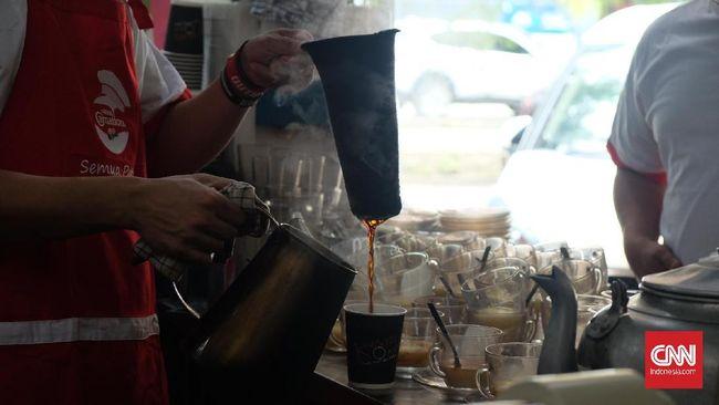 Meski Jakarta bukan merupakan wilayah penghasil kopi, nyatanya ada kedai kopi legendaris yang eksis. Berikut toko kopi legendaris di ibu kota.