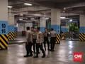 Polisi Bolos Kerja Jadi Sopir Taksi Online demi Cicil Mobil