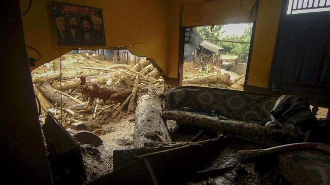 Terjadi Ledakan di Gudang Pisang Tangerang, 3 Orang Terluka