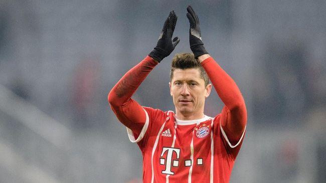 Striker Bayern Munich Robert Lewandowski mengganti agen demi bisa pindah ke Real Madrid pada bursa transfer musim panas nanti.