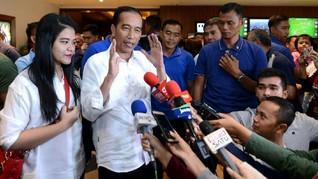 Beli Sepatu, Jokowi Yakin Sneaker Lokal Berkualitas Global