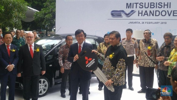 Dolar AS Rp 14.000, Mitsubishi Naikkan Harga Mobil Rp 3 Juta