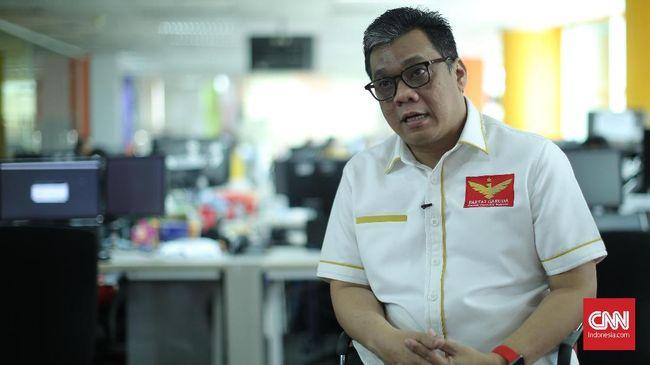 Ketua Umum Partai Garuda Ahmad Ridha Sabana blakblakan menjawab tudingan soal kaitan partainya dengan Gerindra, Cendana, hingga PKI.