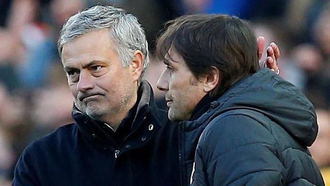 Jose Mourinho mengisyaratkan jabat tangan dengan Antonio Conte menyudahi segala pertikaian yang terjadi antara mereka berdua selama ini.