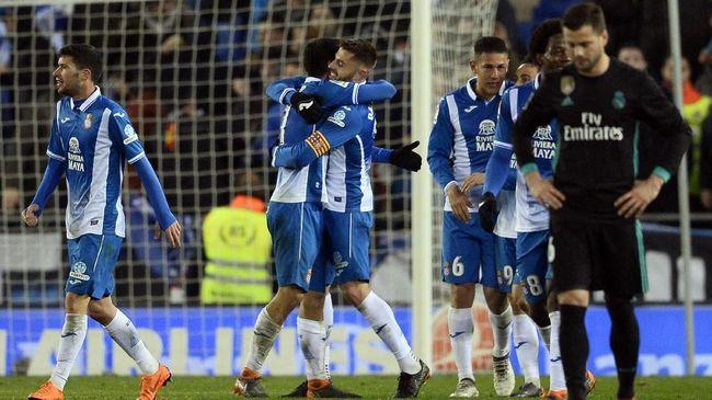 Klub Liga Spanyol, Espanyol, mengumumkan enam pemain dan staf dalam skuat utama mereka positif terkena corona.