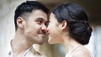 <p>Putri Marino dan Chicco Jerikho meresmikan hubungan mereka pada 3 Maret 2018 di Bali. Pernikahan pasangan ini cukup mengejutkan karena digelar tertutup dan tiba-tiba. (Foto: Instagram @ifanrivaldi)</p>