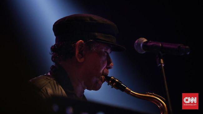 The Rollies bisa dibilang sebagai band Indonesia pertama yang go international. Mereka sudah rekaman dan rilis album di Singapura sejak 1960-an.