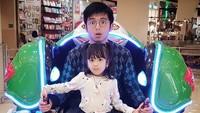 <div>Wah Naara sama ayah naik apa nih? (Foto: Instagram/nickytirta)</div>