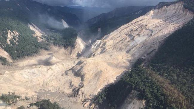 Gempa berkekuatan 7,1 skala richter kembali mengguncang Papua Nugini, Jumat (8/3) dini hari waktu setempat.