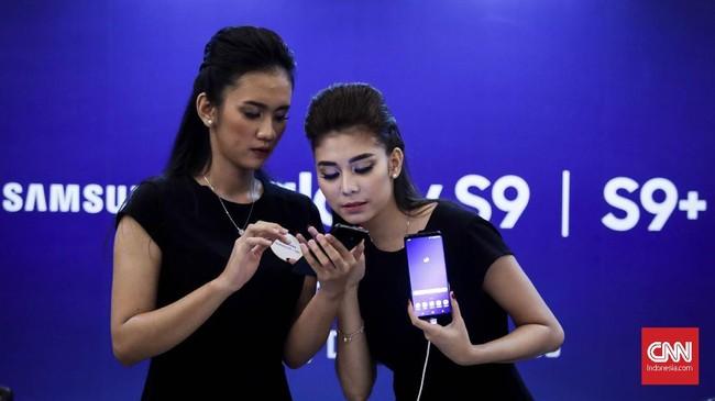 Samsung Galaxy S9 dan S9 Plus akhirnya resmi mendarat di Jakarta, Jumat (8/3).