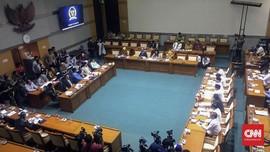 Covid-19 Menyebar di DPR, Komisi VIII Tunda Rapat Asrama Haji