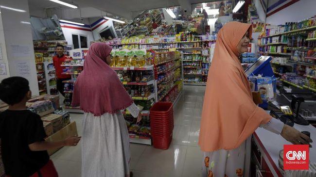 Koperasi Syariah 212 Mart menawarkan keuntungan yang besar bagi para anggota koperasi yakni mencapai 10-15 persen dari total modal disetor per tahun.