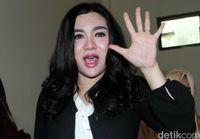 Obati Gugup Vicky Shu, Suami Bawa Speaker ke Ruang Bersalin