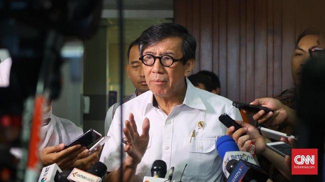 Menkumham Yasonna Laoly mengaku tak melaporkan perkembangan pembahasan UU MD3 di DPR karena prosesnya alot.