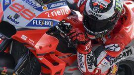 Lorenzo Jatuh untuk Hindari Kecelakaan Fatal di MotoGP Qatar