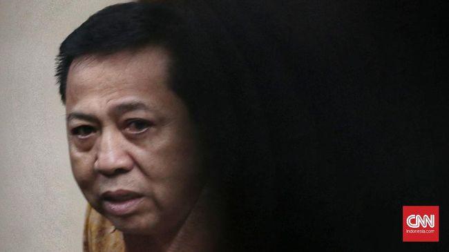 Mantan Ketum Partai Golkar Setya Novanto mengaku membantu pendanaan Rapimnas Partai Golkar 2012 dengan uang yang diperoleh dari proyek e-KTP