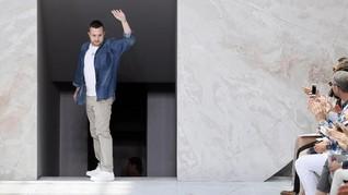 Bergabung di Fendi, Kim Jones Gantikan Posisi Karl Lagerfeld
