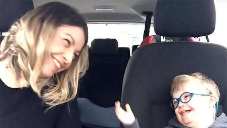 Video ini dibuat untuk menunjukkan rasa sayang pada anak-anak dengan Down Syndrome.