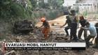 Evakuasi Mobil Hanyut Akibat Banjir Bandang Cicaheum