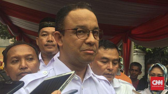 Gubernur DKI Anies Baswedan menyebut pola pikir masyarakat Jakarta harus diubah agar tak sama dengan mindset orang desa terkait penggunaan air tanah.