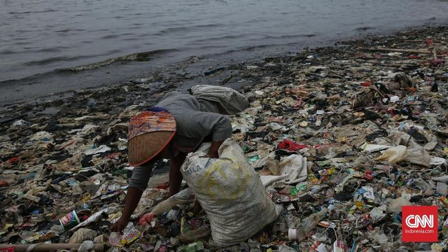 Ilmuwan Temukan Mikroba Pengurai Sampah Plastik