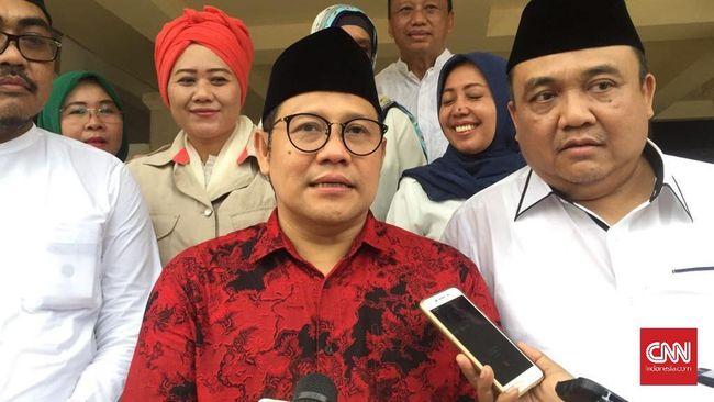 PKB mengklaim komunikasi Muhaimin Iskandar dengan Jokowi sangat intens. Saat ini, Cak Imin cenderung merapat ke Jokowi ketimbang Prabowo Subianto.