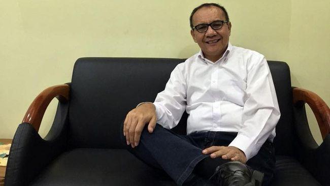 Anak desa dari Sumatra Utara, Tongam L Tobing, menceritakan pengalamannya hingga menjabat Ketua Satuan Tugas (Satgas) Waspada Investasi OJK.