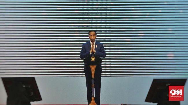 Presiden Jokowi meminta para kepala daerah berinovasi dalam memerintah agar dikenang rakyat dan bisa terpilih menjadi Presiden.