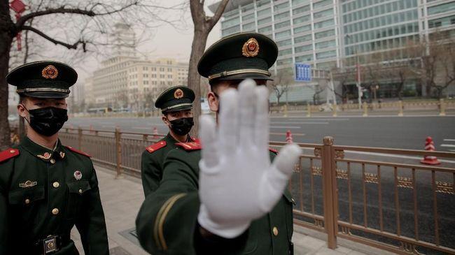 Otoritas China meluncurkan operasi razia produk-produk halal di Provinsi Xinjiang sebagai upaya