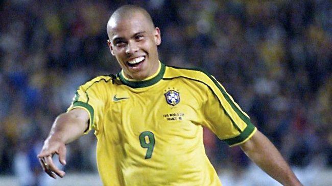 Ronaldo Luis Nazario de Lima ternyata dikenal dengan nama Ronaldinho saat tampil di Olimpiade 1996 di Amerika Serikat.