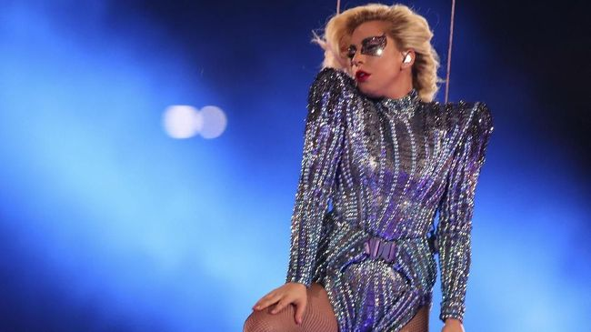 Lady Gaga Tunda Tur Chromatica Ball Hingga 2022