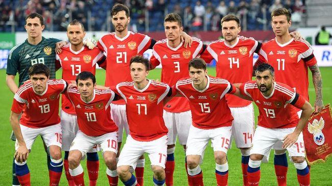 Pertandingan antara timnas Rusia vs Arab Saudi di Stadion Luzhniki, Jumat (14/6), akan menjadi pembuka Piala Dunia 2018. Berikut prediksi CNNIndonesia.com.