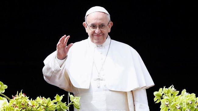 Tahta Suci Vatikan dikabarkan mencopot dua kardinal dari keanggotaan Dewan Kardinal setelah mereka dinyatakan terlibat dalam kasus pelecehan seksual.