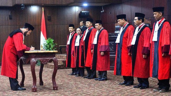 Ketua Mahkamah Konstitusi Anwar Usman menyatakan UU 7/2017 tentang Pemilu menjadi aturan yang paling banyak digugat sepanjang 2019.