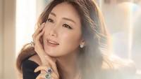 <p>Di usianya yang menginjak 45 tahun, aktris Choi Ji Woo tetap terlihat cantik, Bun. (Foto: Istimewa)</p>