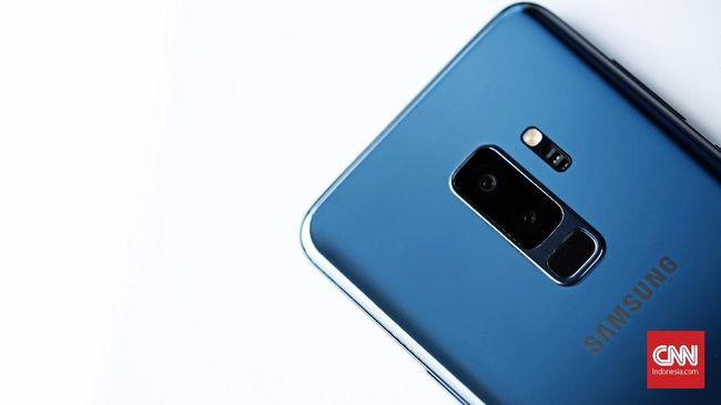Samsung Electronics Co Ltd menyatakan akan menghentikan operasi salah satu pabrik mereka di China karena penjualan ponsel di Negeri Tirai Bambu yang merosot.