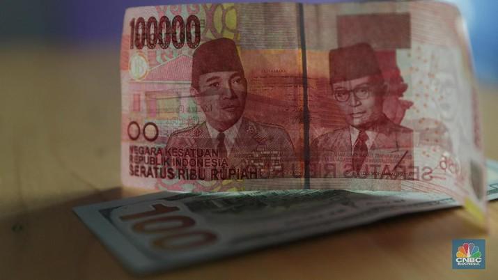 Kurs Dolar Singapura Menguat Tipis Setelah KO Empat Hari
