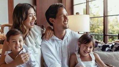 Bagi Keluarga Jennifer Bachdim Sarapan Bisa Jadi Family Time