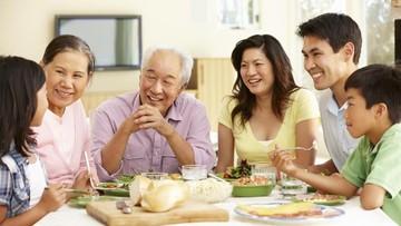 Segudang Manfaat Makan Bersama Keluarga