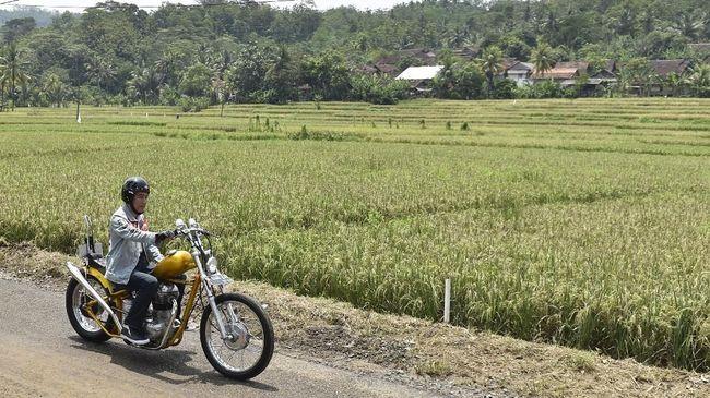 Presiden Jokowi mengungkapkan alasan chopperland miliknya tak ada di dalam LHKPN terbaru karena motor-motor sudah dialihkan ke anaknya.
