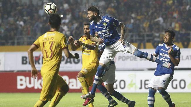 Persib akan berhadapan dengan Persipura pada pekan kedelapan Liga 1 2018 yang berlangsung di Stadion Gelora Bandung Lautan Api (GBLA), Sabtu (12/5).