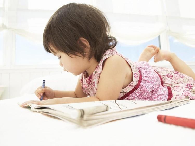 Berbagai kemudahan bisa membuat anak jadi malas. Duh, amit-amit jangan sampai bikin mereka enggan bekerja keras.