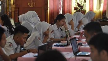 Wanti-wanti Buat Nadiem: Program Chromebook Gagal di Malaysia