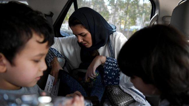 Larangan Dicabut, Perempuan Saudi Boleh Mengemudi Mulai Juni