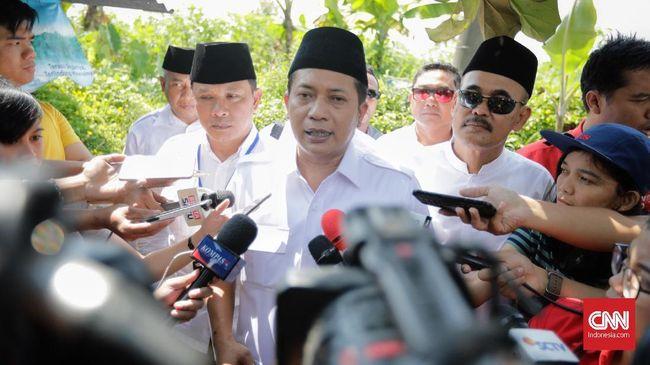 BPN Prabowo tak percaya dengan klaim Presiden Jokowi bahwa elektabilitasnya sempat turun dua persen. Mereka meyakini yang sebenarnya adalah turun 4 persen.