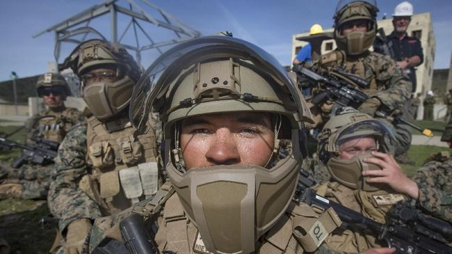 Komando pusat militer Amerika Serikat meminta Kementerian Pertahanan mengerahkan 5.000 tentara tambahan ke kawasan Timur Tengah.