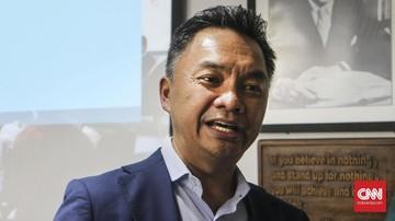 Dino Patti Djalal mengaku akan membongkar kasus mafia tanah yang turut mengambil sertifikat rumah milik ibunya di kawasan Antasari, Jakarta Selatan.