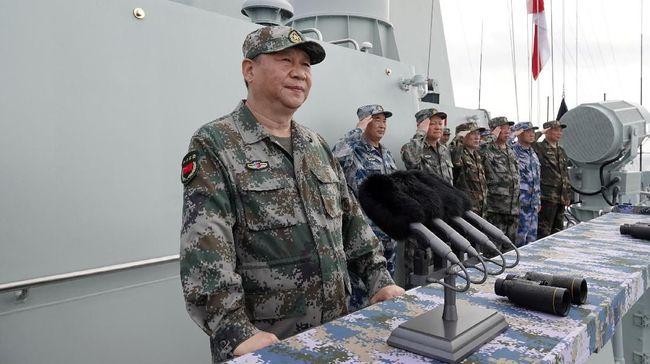 Kapal Selam Jepang Berlatih di Laut China Selatan